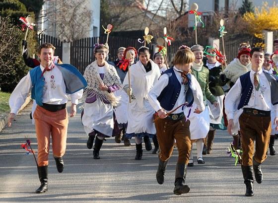 Tradiční velikonoční výprask si zdaleka neužíváme tak, jak se zdá ...