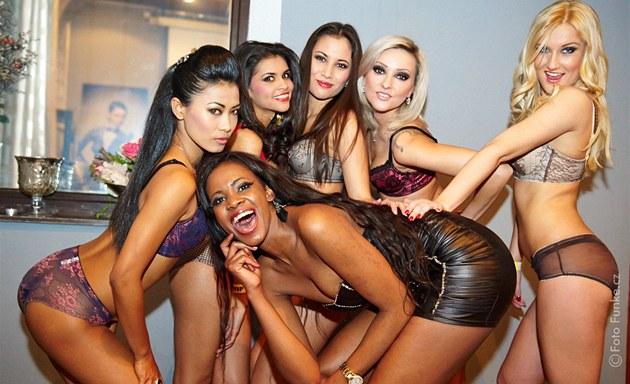 Sex v jihlave holky ve spodnim pradle