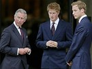 Princ Charles a jeho synové Harry a William