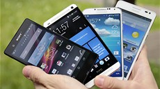 Samsung Galaxy S 4, HTC One, Huawei Ascend D2, Sony Xperia Z