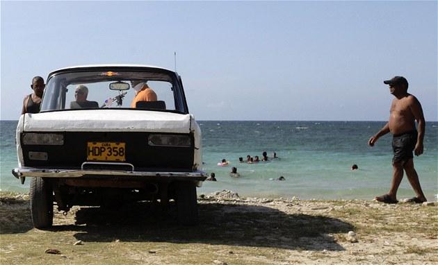 KOMENTÁŘ: Kubánský model a žluté vesty pro budoucnost evropského motorismu