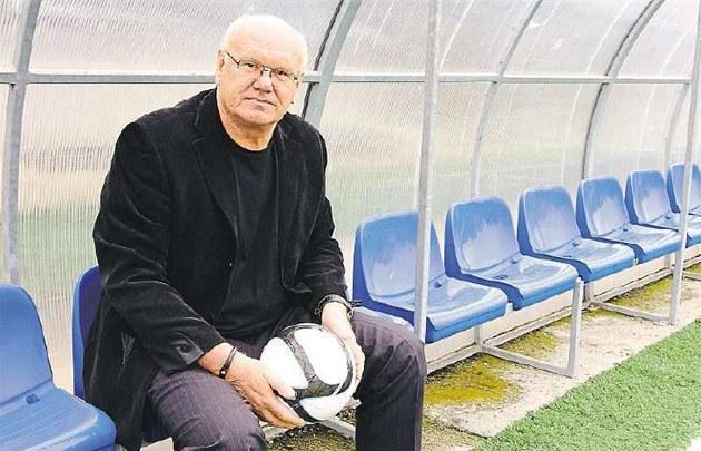 Él no puede entrar en el fútbol de Olomouc, quiere permanecer en el liderazgo de la FAČR