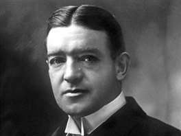 Sir Ernest Henry Shackleton (1874-1922).