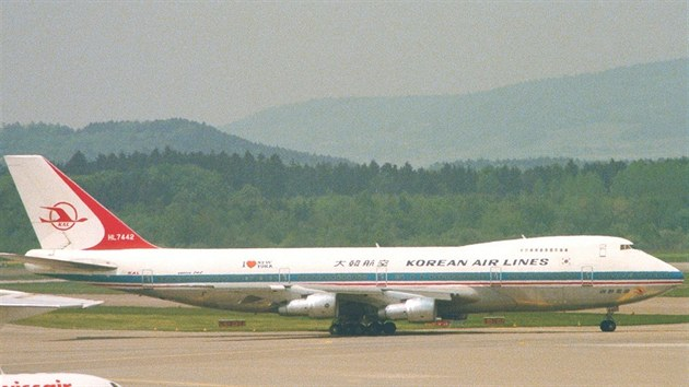 Boeing 747 HL 7442 Korean Air Lines
