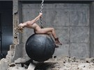 Miley Cyrusová - Wrecking Ball