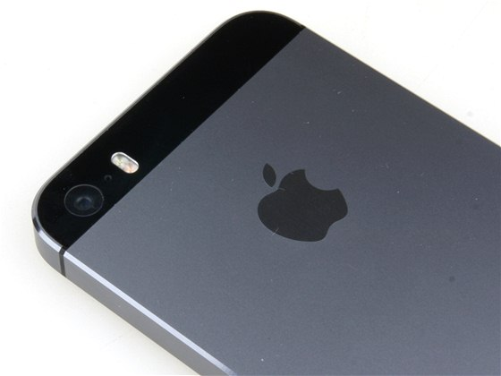 Recenze  iPhone 5s je velmi výkonný fbc57f90da2