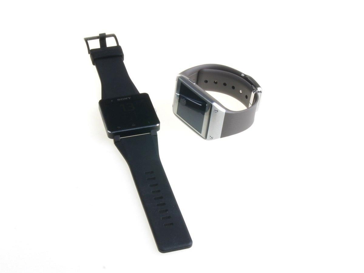 Fotogalerie  Chytré hodinky Samsung Galaxy Gear a Sony SmartWatch 2 ... 7834ef7849f