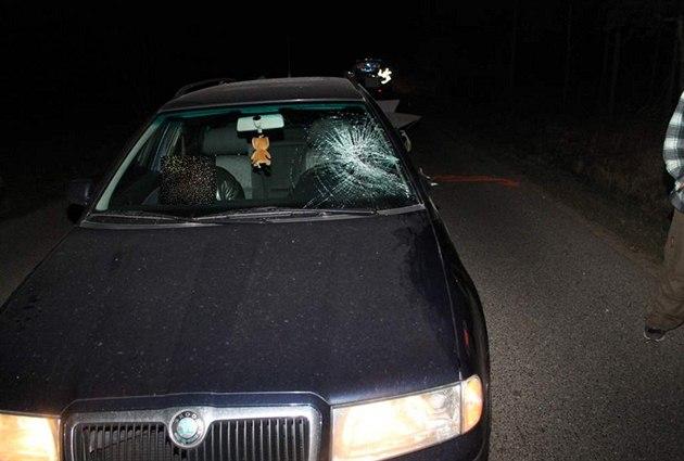 V husté mlze auto srazilo chodce na Břeclavsku. Zemřel na místě