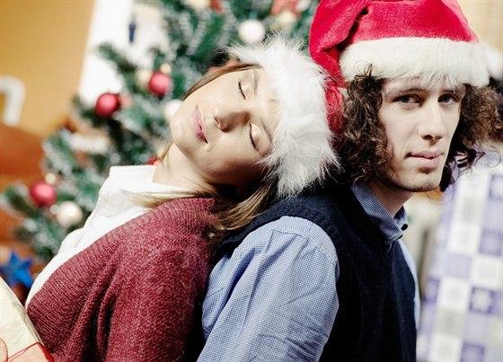 Vánoční klišé pořád platí. Pletená šála ani sada hrnců muže nepotěší ... 4a0d8ed6a6