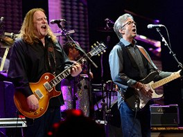 Crossroads Guitar Festival 2013 - Eric Clapton a The Allman Brothers (vlevo