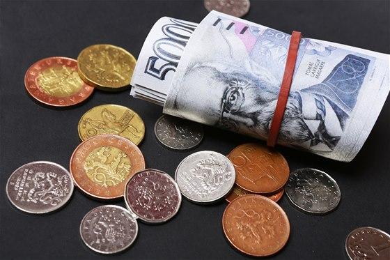 Peníze v obálce nově jen do 270 tisíc a další legislativní novinky ... 5de4c88494b