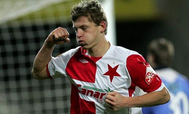 Tomáš Necid na podzim 2008 se raduje z gólu 02b45b12d15