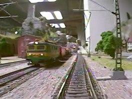 Míjející se vlaky
