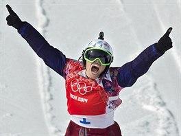 ČESKÉ ZLATO! Eva Samková se raduje z vítězství ve finálové jízdě...