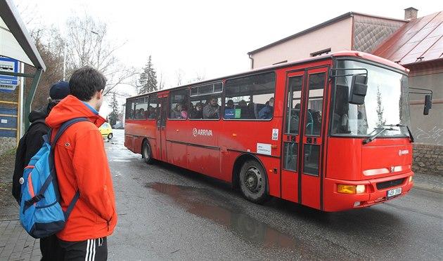 Autobusová doprava má problém. Kraj odmítl zvednout cenový strop soutěže