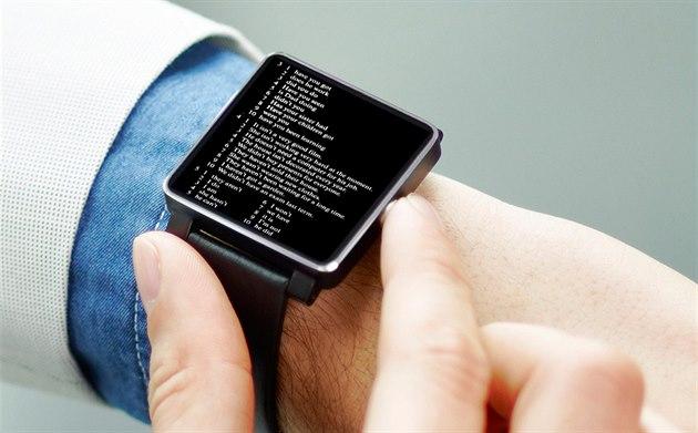 Módní značky jdou do boje o chytré hodinky d712b7a665