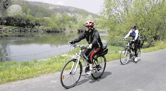 d9a660c0310 Cyklisté ve Zlínském kraji mají zatím nejraději trasy podél řeky Moravy a  Baťova kanálu (na