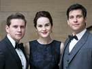 Allen Leech, Michelle Dockery a Rob James-Collier (27. března 2014)