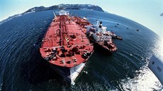 2 In this April 4, 1989, file photo, the grounded tanker  Exxon Valdez, left,...