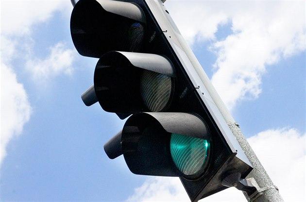 Automatický semafor Pražany před 90 lety zaskočil, řidiči na něj nadávali