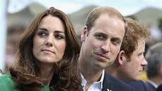 Vévodkyně Kate, princ William a princ Harry (5. července 2014)