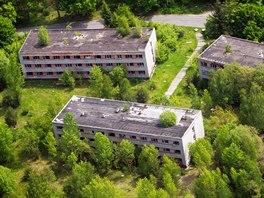 Chátrající vojenský areál ve středočeských Milovicích