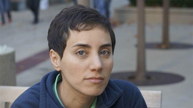b2ba18f13a7 Matematička Marjam Mírzácháníová na nedatovaném snímku v kampusu  stanfordské.
