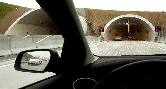Tunely na obchvatu Prahy čeká oprava, rychlostní limit se zatím nezvýší