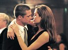 Brad Pitt a Angelina Jolie ve filmu Mr. & Mrs. Smith (2005)