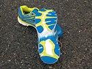 8a53314fe8f Podrážka drží dobře jak na suchu tak na mokru. Pouze tlumicí hmota podešvě  se.