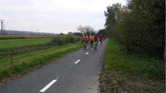 83437c539f1 Cyklostezka plánovaná od Bečvy k Váhu letos propojí první města