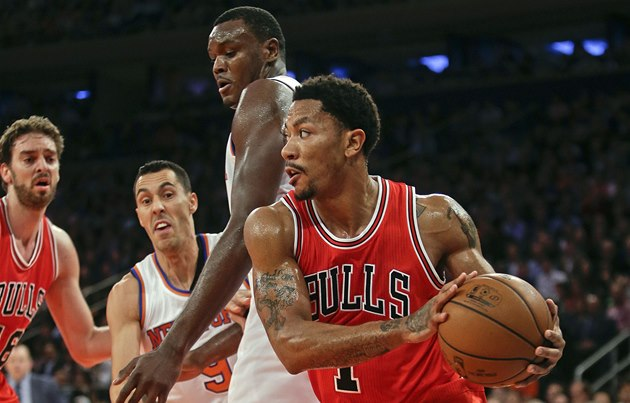 Derrick Rose z Chicaga v utkání proti New York Knicks.