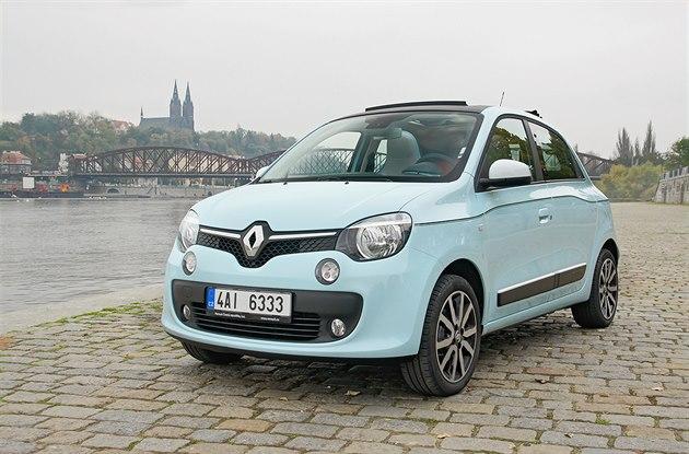 Lak od Renaultu je dobrý na nehty i na škrábance z parkování