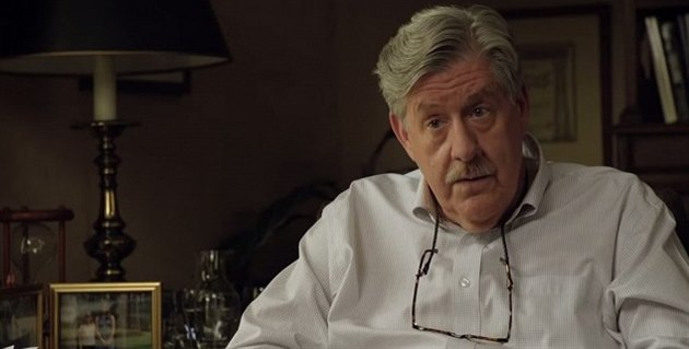 Americký herec Edward Herrmann ve filmu Are You Here z roku 2013