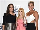 Mayim Bialiková, Melissa Rauchová a Kaley Cuoco na People's Choice Awards (Los...