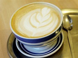 CAFE LATTE obsahuje totéž, co latte macchiatto, ale liší se nejen tím, že ho...