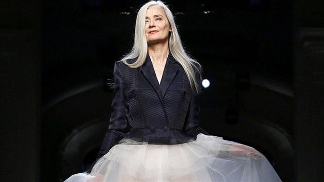 21dec76ff25 Aktuální trendy přímo z Paříže  luxusní móda je pro každý věk