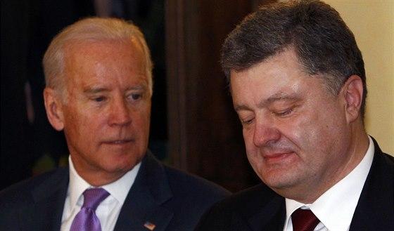 USA: s vice president Joe Biden och Ukrainas president Petr Poroshenko vid ...
