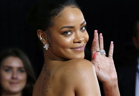 Rihanna (Los Angeles, 8. února 2015)
