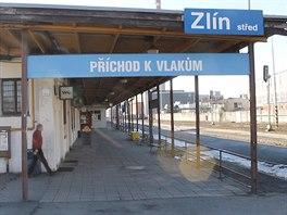 Zlínské nádraží je v žalostném stavu.