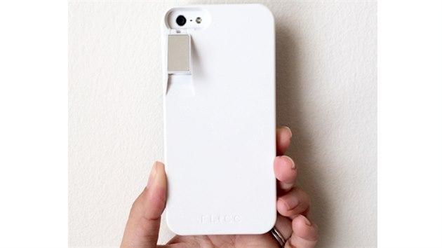 Tento kryt na iPhone si koupí jen hazardér. Může vás stát i život 2137df5ac95