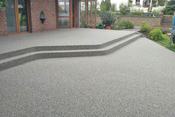 70baa2292bc Kamenný koberec vytvoří nádherný povrch teras