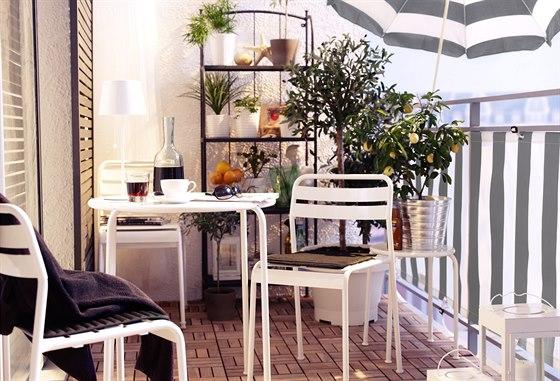balkonvloer ikea top op het balkon with balkonvloer ikea. Black Bedroom Furniture Sets. Home Design Ideas
