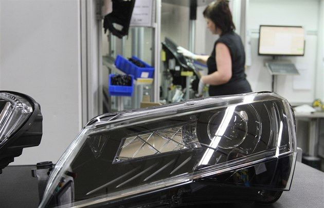 Zakázek pro výrobce autosoučástek ubývá. Nejde o krizi, ale opatrnost, míní