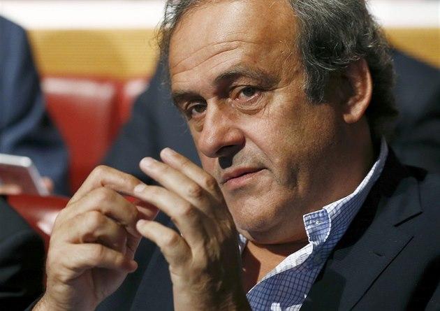 Platini byl po několikahodinovém výslechu v noci propuštěn