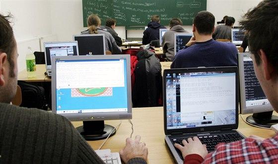 Krajská koncepce školství čelí kritice, ředitelé se obávají rušení oborů