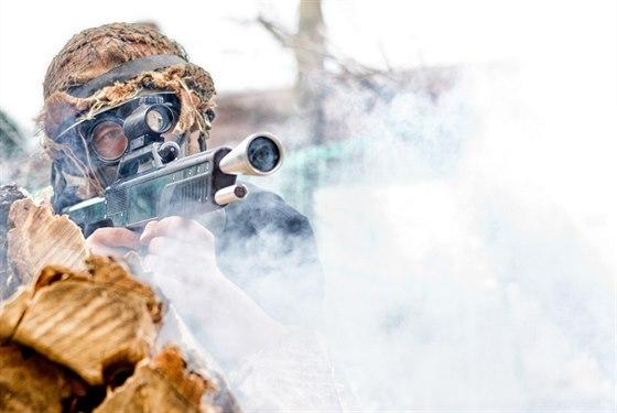 Z Usedlosti Je 250 Dol 237 Sniperů Bojov 225 Z 243 Na Jak Z