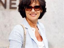 Francouzská modelka a návrhářka Ines de la Fressange je perfektním  příkladem 5c706a3765