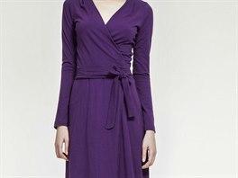 Zavinovací šaty si pořiďte v několika barvách. Pohodlně se nosí 3bdb80bcc0
