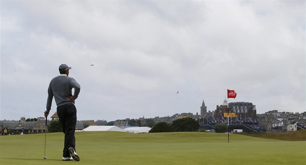 Tiger Woods na The Open na v St. Andrews čeká na svoji ránu.